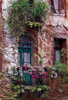Gorgeous balcony #doors #windows
