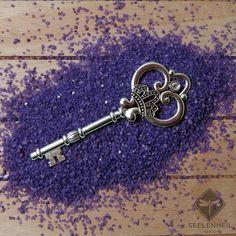 Kettenanhänger Schlüssel Schmuck versilbert ca. 8,5 cm