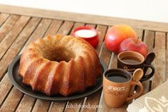 Easy apple cake recipe, Mix with a spoon and straight to the oven. Easy Apple Cake, Apple Cake Recipes, Apple Cakes, Bagel, Healthy Choices, Doughnut, Oven, Food And Drink, Cooking Recipes