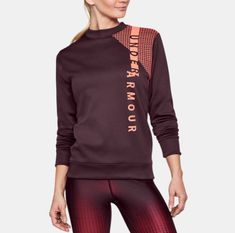 Leggings and an athletic pullover are the ideal look for class in the winter. http://www.tangerlife.com/2018/01/09/how-to-style-a-cardigan-5-ways