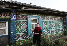 This Russian Woman Upgraded Her Home — With 30,000 Bottle Caps  - HouseBeautiful.com