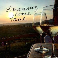 #wine #toscany #ilfanta #wedding #withmylove Love Of My Life, My Love, White Wine, Alcoholic Drinks, Glass, Wedding, Valentines Day Weddings, Drinkware, Corning Glass