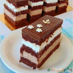 Prajitura Comandor cu ciocolata si frisca - simonacallas Romanian Desserts, Romanian Food, French Desserts, Just Desserts, Cookie Recipes, Dessert Recipes, Pastry Cake, Something Sweet, Ice Cream Recipes