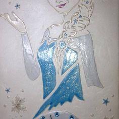 Horloge murale artisanale la reine des neiges