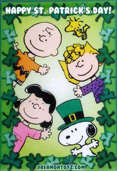 Charlie Brown Peanuts Gang Snoopy Shamrocks Lucky by MagnetsbyAbby Peanuts Gang, Peanuts Cartoon, Schulz Peanuts, Snoopy Und Woodstock, Charlie Brown Und Snoopy, Vintage Flag, Free Cartoons, Funniest Cartoons, Happy St Patricks Day