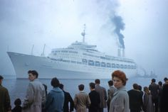 SS Canberra leaving Belfast 1961 d | by adambangor - 28th April 1961, when Canberra was leaving Belfast for Southampton, to begin her maiden voyage.
