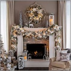 35 Exceptional DIY Ideas On How To Decorate A Christmas Garland An artificial Christmas garland looks beautiful. If you want to know how to decorate a Christmas garland, check decoration ideas from the gallery below. Noel Christmas, Rustic Christmas, After Christmas, Xmas, White Christmas Garland, Victorian Christmas, Pink Christmas, Vintage Christmas, Christmas Cactus