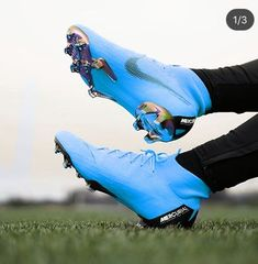 Fantasy Football Tips for Draft Day Best Soccer Cleats, Girls Soccer Cleats, Nike Cleats, Soccer Gear, Football Gear, Nike Soccer, Football Cleats, Messi Cleats, Cleats Shoes
