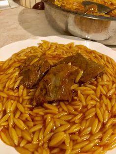 Greek Cooking, Fun Cooking, Pasta Dishes, Food Dishes, Cookbook Recipes, Cooking Recipes, Meze Platter, Greek Gyros, Greek Dishes