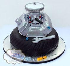 Groom's cake with RKT edible engine. Mechanic Cake, Mechanic Humor, Motor Cake, Car Cakes For Men, Tire Cake, Kreative Desserts, Dad Cake, Truck Cakes, Occasion Cakes