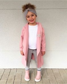 Baby Mädchen sieht aus - # girl # looks Little Girl Outfits, Cute Outfits For Kids, Little Girl Fashion, Toddler Girl Outfits, Cute Kids Fashion, Toddler Fashion, Cheap Fashion, Outfits Niños, Fashion Outfits