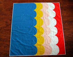 Scallop Quilt by Meredith Daniel, via Flickr