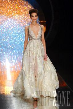 Tony Ward Haute couture ...  flip-zone.com