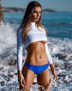 Excellent babes nude hot model surfer idea