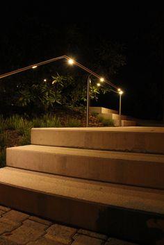 Aussentreppe mit LED Handlauf von Metamont Teilansicht