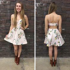 This floral a-line dress screams SPRING! It's totes adorbs! - $54 #springfashion #spring  #fashionista #shoplocal #aldm #apricotlaneboutique #apricotlanedesmoines #shopaldm #desmoines #valleywestmall #fashion #apricotlane #newarrival  #shopalb  #ootd #westdesmoines  #shopapricotlaneboutiquedesmoines #ontrend