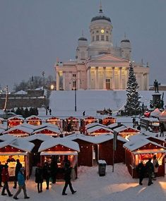 Thomas Christmas Market in Helsinki, Finland travel Oh The Places You'll Go, Places To Travel, Places To Visit, Beautiful World, Beautiful Places, Bósnia E Herzegovina, Finland Travel, Denmark Travel, Travel Inspiration