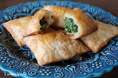 spenatknyten 5 Spanakopita, Ricotta, Tapas, Meat, Chicken, Ethnic Recipes, Food, Essen, Meals