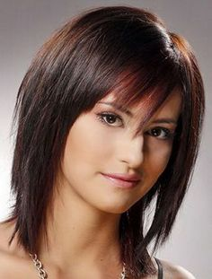 cool 4 Razor Cut Hairstyles For Women Over 40
