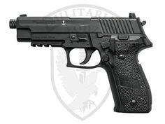 Pistolet pneumatyczny Sig Sauer P226 4,5 mm - czarna Militaria Łódź.pl Sig Sg 550, Sig Sauer P226, You Magazine, Survival Tools, Rifles, Hand Guns, Fingers, Magazines, Weapons