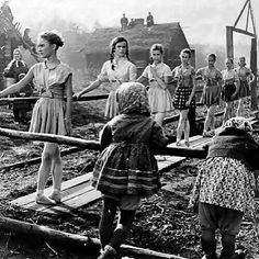 Ballet class in Russia during World War II