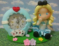 Relógio decorado Alice