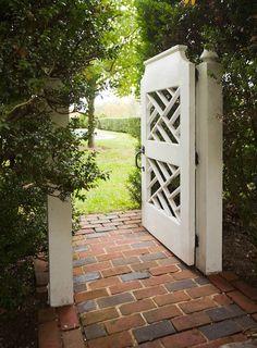 Garden Fence Gate Design 38 Ideas For 2019 Tor Design, Gate Design, Outdoor Rooms, Outdoor Gardens, Outdoor Living, Diy Garden, Dream Garden, Pergola, Fence Gate