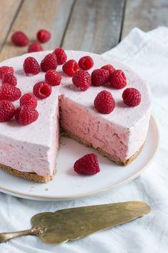 Chic, chic, chocolat...: Le gâteau nuage de fraises (la recette express qui va embellir l'été!)