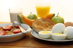 Healthy Diet Breakfast Tips Healthy Eating Recipes, Healthy Breakfast Recipes, Healthy Food, Diabetic Recipes, Healthy Life, Meal Plans To Lose Weight, Balanced Meals, Diet Breakfast, Breakfast Ideas