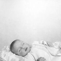 Deceased children. :: John C. Gordon Photographic Collection (SJSU)