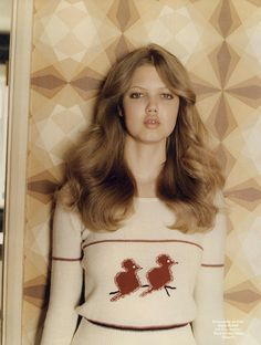 I'm loving these soft, '70s-style waves on Lindsey Wixson…