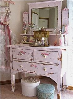 Country Design Home - Gorgeous shabby chic dresser in pink! It would also look lovely in white, cream, sage green, or my fave aqua as well!