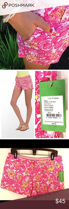 "🌴NWT LILLY PULITZER Chum bucket Walsh shorts 8 🌴 So cute and perfect for that winter getaway. Brand: LILLY PULITZER Size:  8   Style: cotton blend Walsh Pocket Approximate measurements:   Waist: 16.5"" Length:  5 3/4""   Condition: New with tags Lilly Pulitzer Shorts"