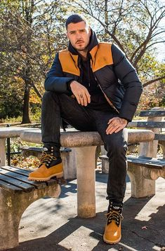 The Timberland X The North Face Collaboration took a long time to happen, but I'm happy to see these 2 powerhouse brands come together! Timberland Outfits Men, Timbs Outfits, Swag Outfits Men, Timberland Mens, Boot Outfits, Timberlands, Winter Boots Outfits, Hunks Men, Men Photography