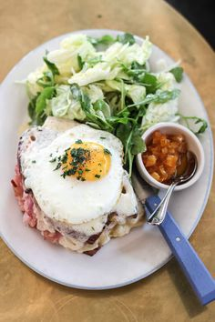 The ultimate guide to the best breakfast and brunch in Austin! Featuring 20 different restaurants that serve up the absolute best early bites in town. Austin Brunch, Brunch Spots, Best Breakfast, Austin Texas, Avocado Toast, Restaurant, Female, Food, Diner Restaurant
