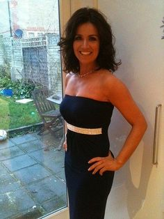 The beautiful Susanna Reid. Susana Reid, Sexy Older Women, Sexy Women, Gorgeous Women, Beautiful People, Beautiful Females, Robin Meade, Kate Garraway, Tv Girls
