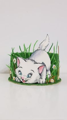 Kitty in the grass by iratorte