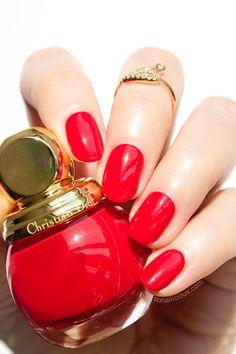 Dior Diorfic Shock: the luxurious fire red nail polish.