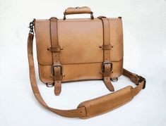 A classic leather satchel built to last a lifetime. by KENDAL & HYDE — Kickstarter