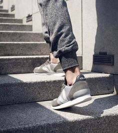 http://www.veja-store.com/4381/holiday-low-top-b-mesh-silver-grey-white.jpg