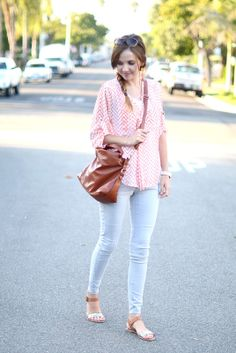Weekend Wear: Casual Printed Blouse, White Skinnies, Leather Sandals, Leather Cross-body Bag