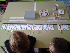Desenes i unitats amb escuradents. Numeracy Activities, Math Workshop, Homeschool, Blog, Teaching, Education, Maths, Ideas, Kids Math