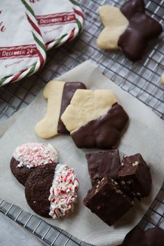 Easy shortbread cookies and the #FBCookieSwap goodies #asouthernfairytalerecipes #cookies #holidays #chocolate #fudge