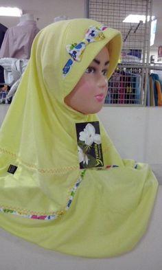 Jilbab Anak Aster Kuning