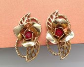 Vintage Red Rhinestone Flower Twist-on Earrings