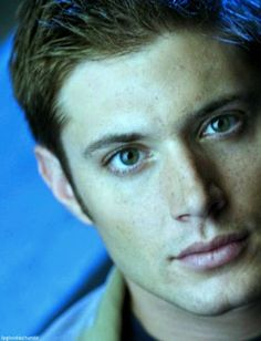 Jensen's early appearances/photoshoots 9 /40 Smallville  Promo 2004