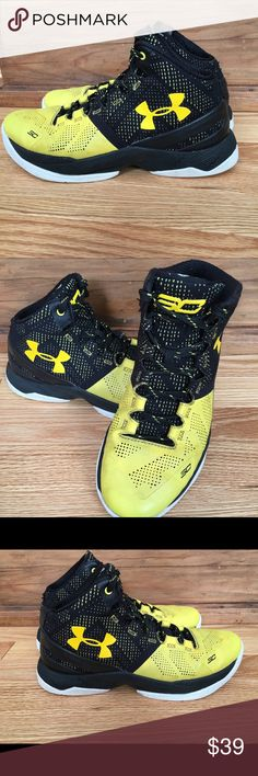 Curry 2.0 Under Amour Sneakers Curry 2.0 Under Armour. Black and yellow. Youth 6.5 Under Armour Shoes Sneakers