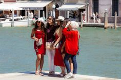 Candid Models - I shot these Girls posing for another photo in Venice.