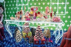 Whimsical christmas window displays | Commercial Christmas Department Store Window Scene