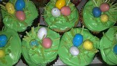 Hiding eggs cupcakes